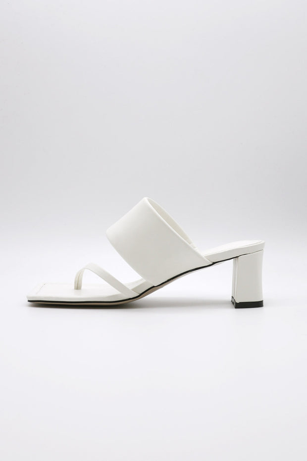 storets.com Toe Thong Mid Heeled Sandals