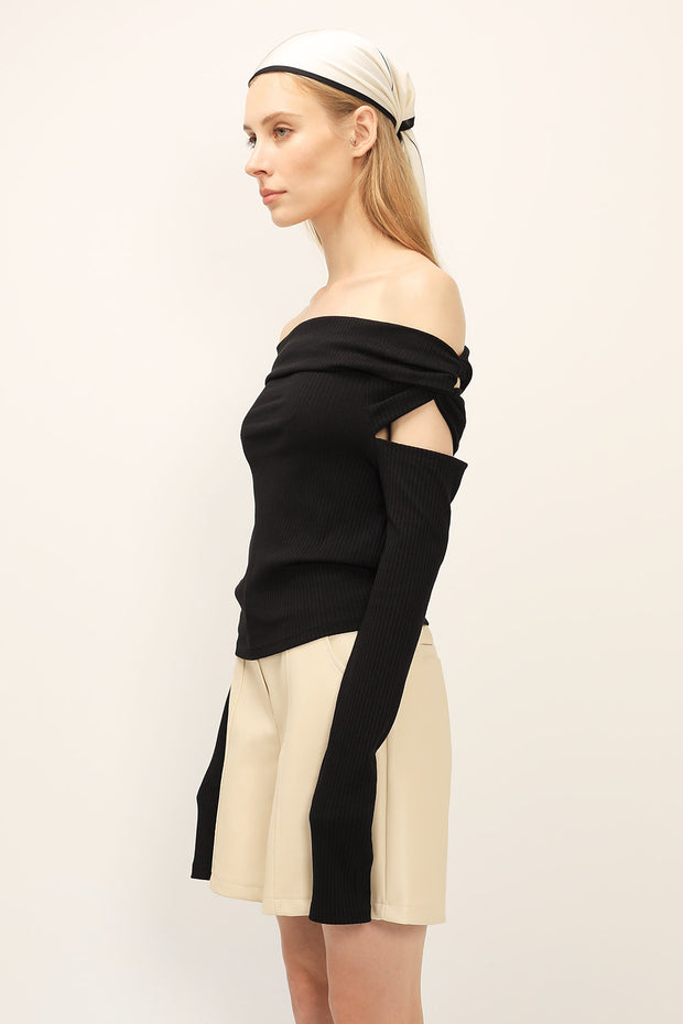 storets.com Ava Twist Detail Sleeve Top