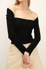 storets.com Evelyn Off-the-Shoulder Top