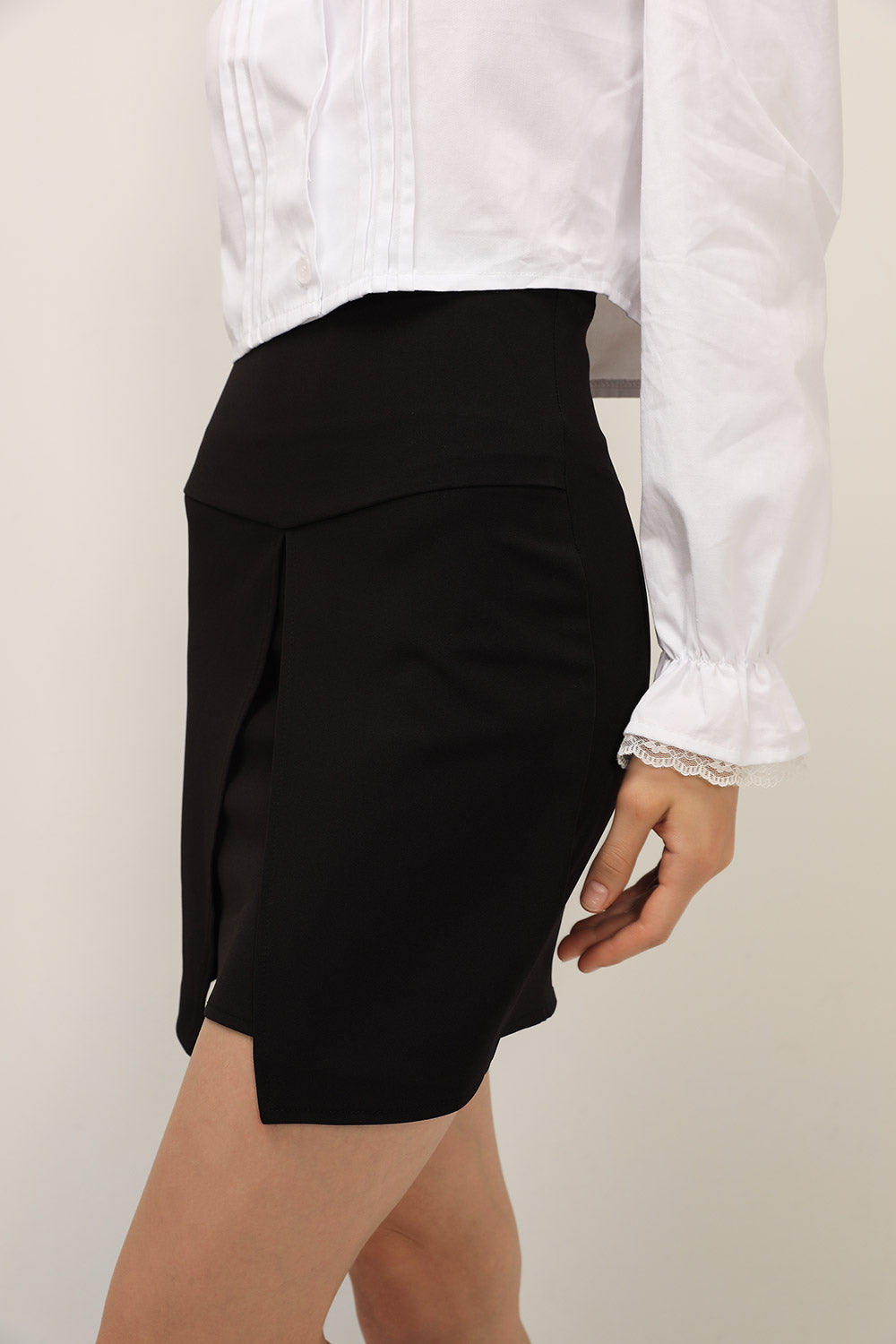 storets.com Wendy Structured Skirt