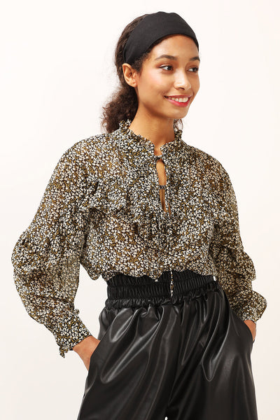 storets.com Eliana Floral Ruffled Blouse