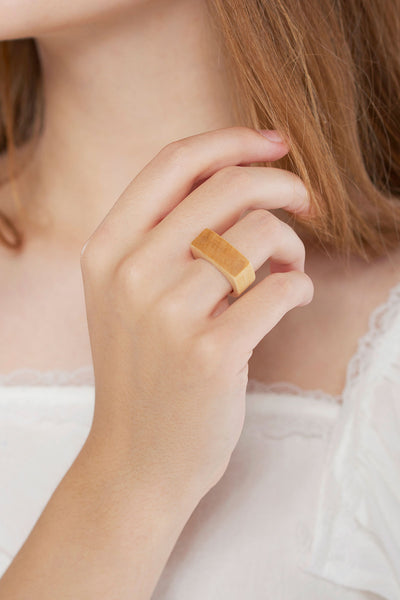Pine Flat Top Ring-Beige