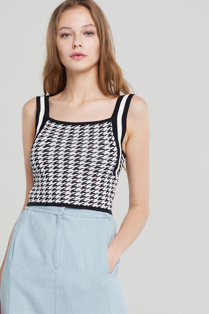 Sarah Houndstooth Knitted Top-Black