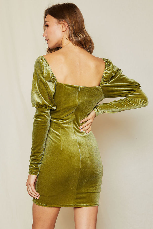 storets.com Teresa Sweatheart Neck Velvet Dress