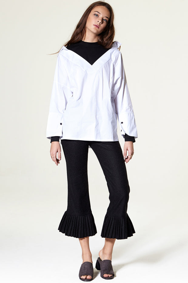 Sua Pleated Flare Pants