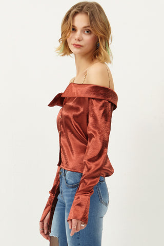 Melly Chain Cold Shoulder Blouse