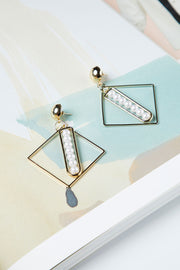 Square Pearl Point Earring