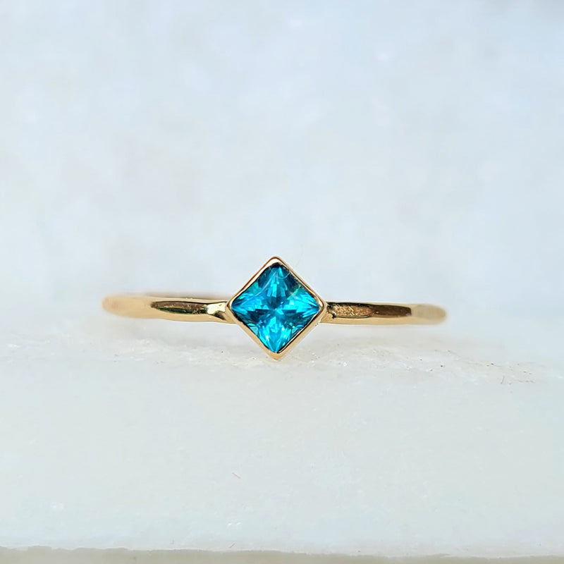 Sincerely Ginger Jewelry Blue Topaz Stacking Ring in 14-Karat Yellow Gold