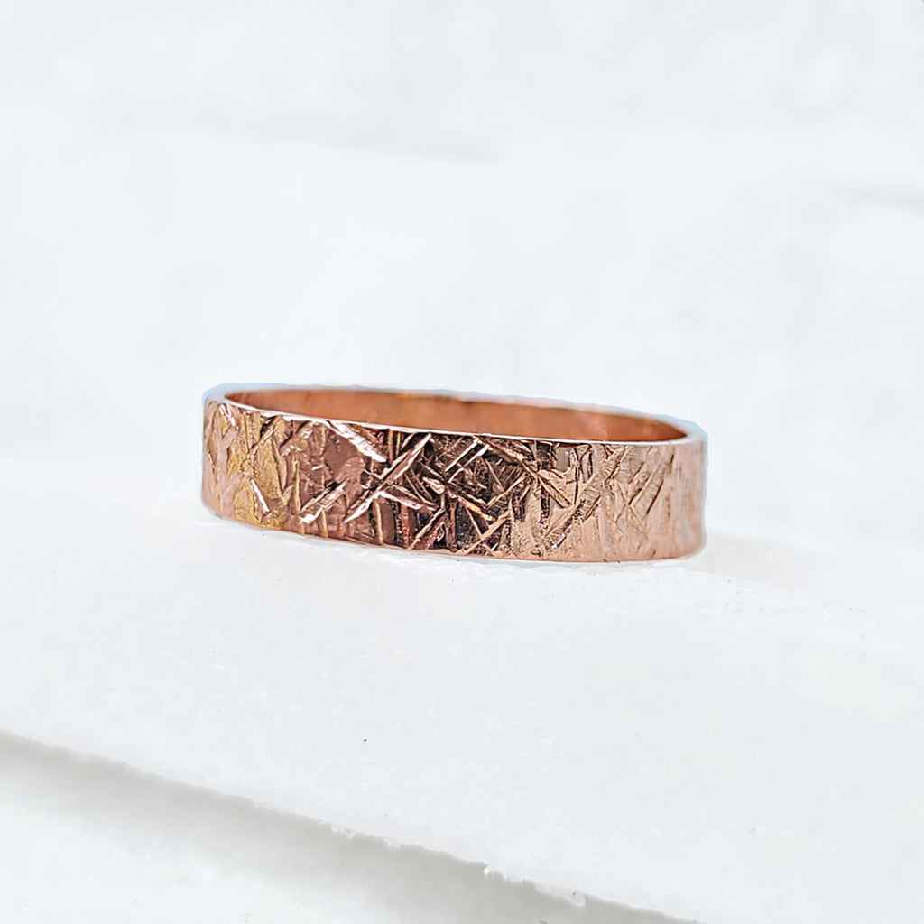 Sincerely Ginger Jewelry Chiseled Wedding Band in 14-Karat Gold