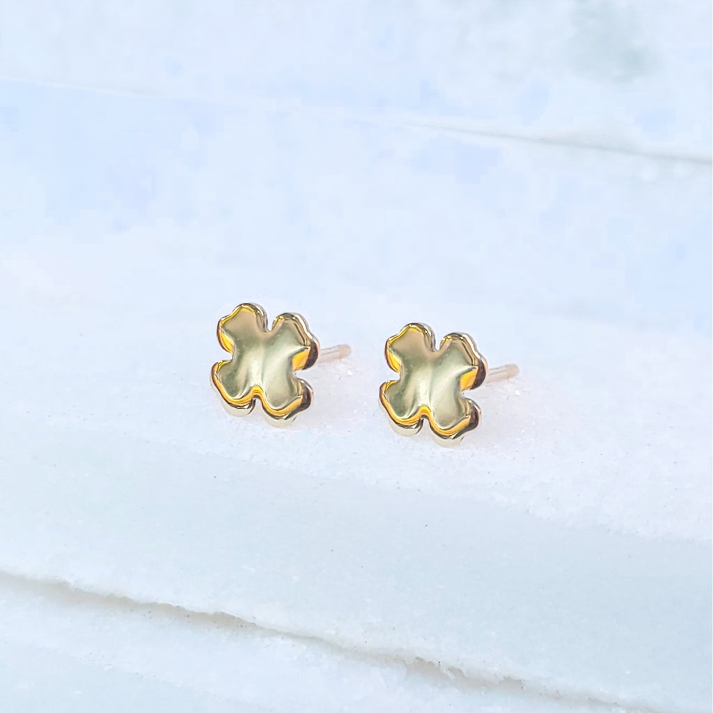 14K Clover Stud Earrings