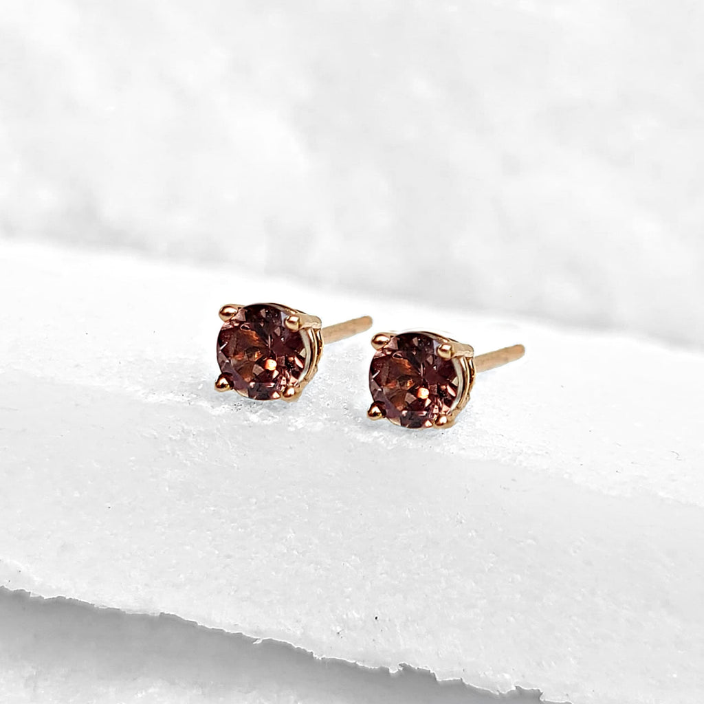 Sincerely Ginger Jewelry Color Changing Garnet Stud Earrings in 14-Karat Rose Gold