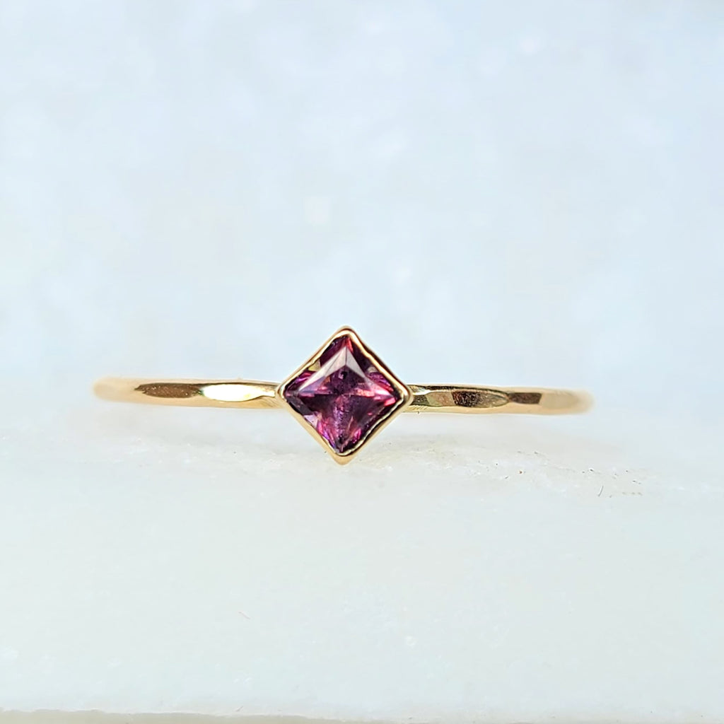 Sincerely Ginger Jewelry Pinkish Purple Topaz Stacking Ring 14-Karat Yellow Gold