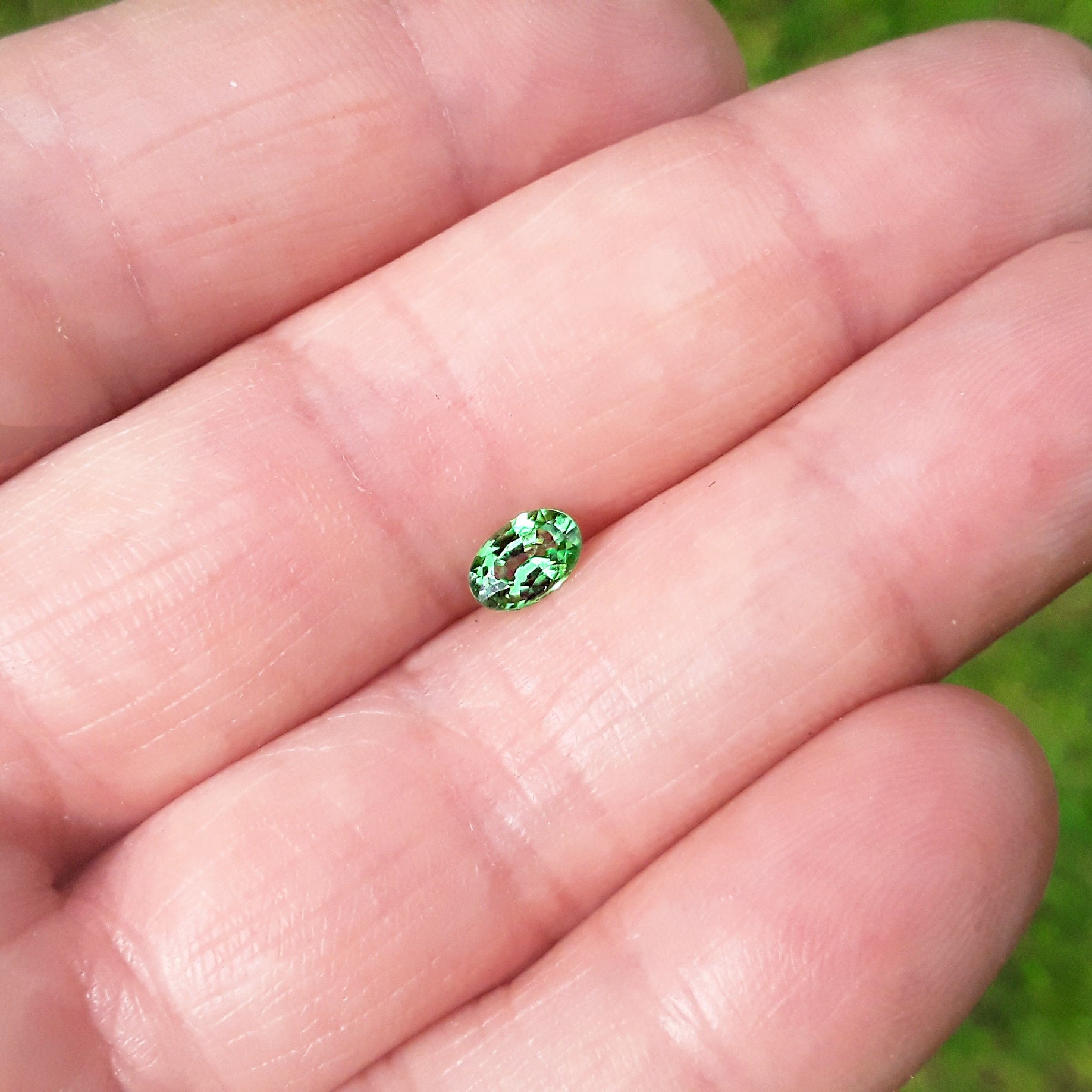 Image of .5 Carat Oval Tsavorite Garnet - For Custom Jewelry