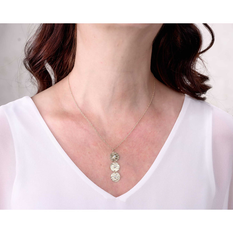Sincerely Ginger Jewelry White Sapphire Water Necklace in 14-Karat Yellow Gold