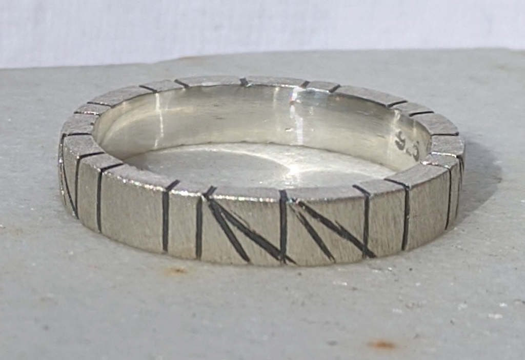 Round Ring, Size 8
