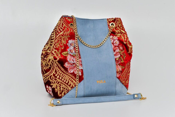 Sophia Bucket Bag - Powdered blue