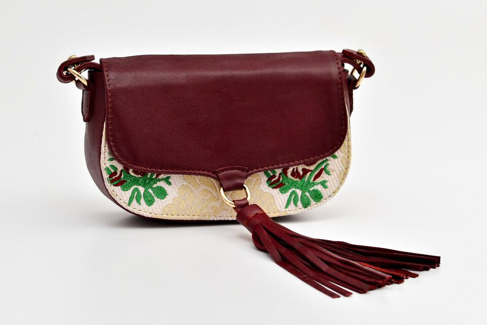 Ittô Mini Crossbody Bag - Burgundy