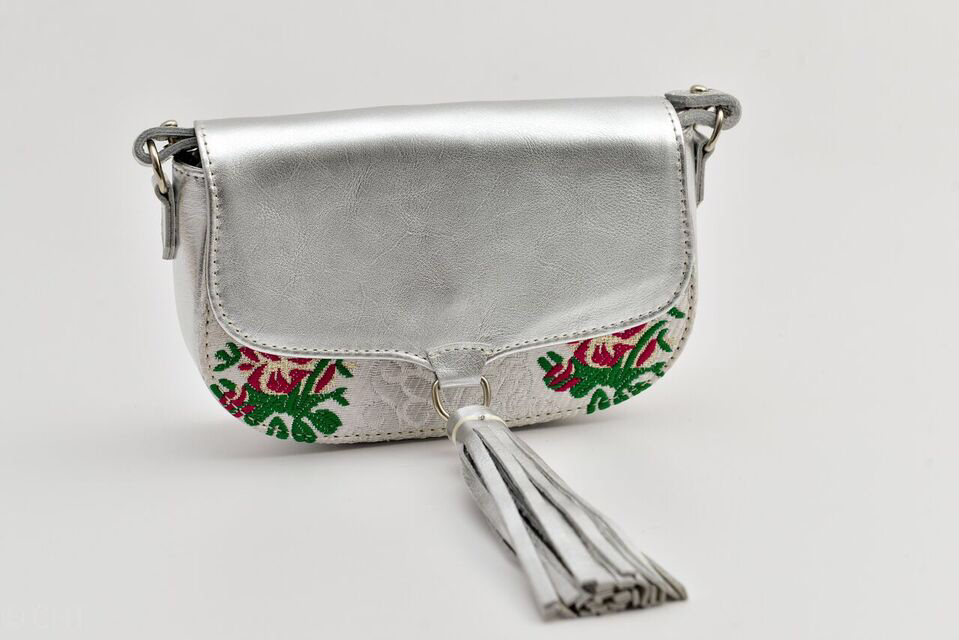 Ittô Mini Crossbody Bag - Silver