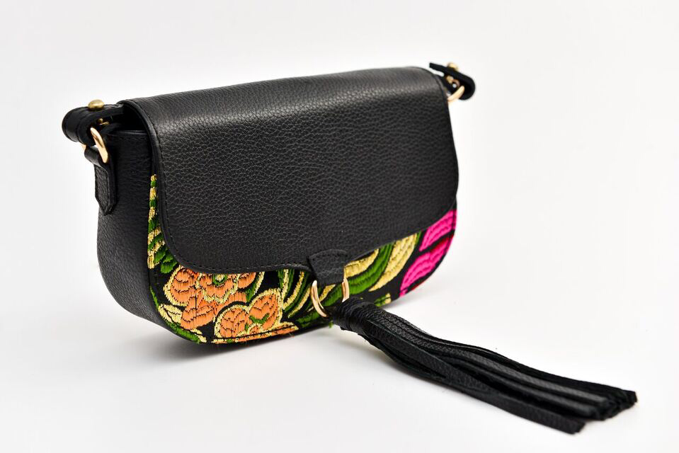 Ittô Mini Crossbody Bag - Black