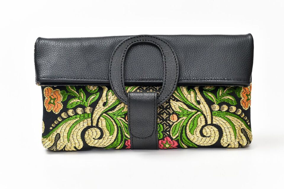 Casablanca Foldover Clutch - Black