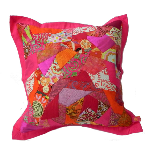 Zig Zag Throw Cushion - Pink