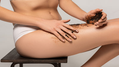 How do coffee scrubs combat cellulite?