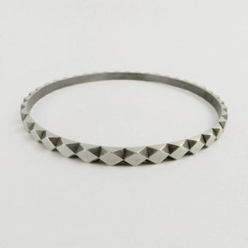 Carved Diamond Pattern Bangle Bracelet