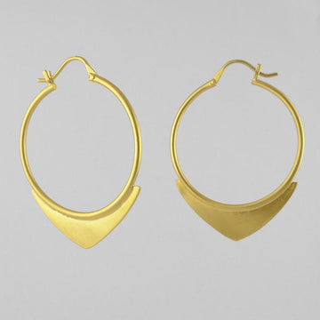 Wire Hoop Earring with Spearhead Decoration