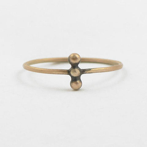 Three ball granulated stacking ring