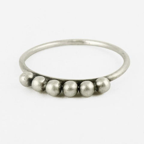 Six Ball Granulated Ring