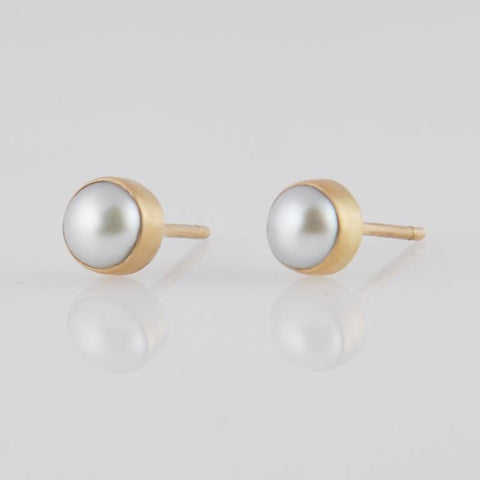 Small White Pearl Stud Earrings