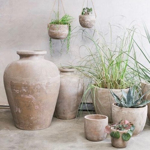 Planters and pots for the garden - Barnbury