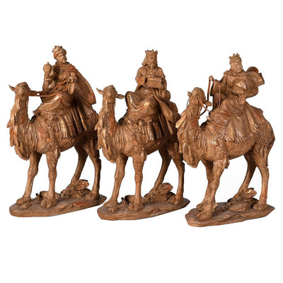 Decorative kings on camels
