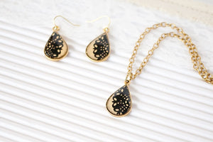 Gold Teardrop Jewelry Set, Gold Earrings and Necklace Set, Black Necklace and Earrings, Teardrop Jewelry Set, Unique Gift for Wife