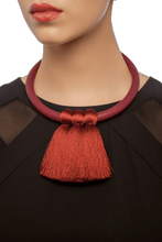Load image into Gallery viewer, Short Triple Tassel Necklace