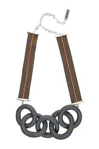 Ribbon Ring Necklace