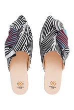 Load image into Gallery viewer, Bow Mules - Black/White