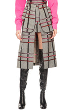 Load image into Gallery viewer, Herringbone Plaid Patch Pocket Skirt