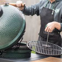 Big Green Egg Cast Iron Grid Lifter - [oosterlinck]