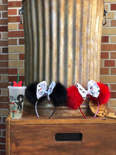 Load image into Gallery viewer, Black Pom Poms x Incredibles Bow Minnie Mouse Ears