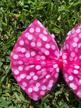 Load image into Gallery viewer, Pink Polka Dot Bow