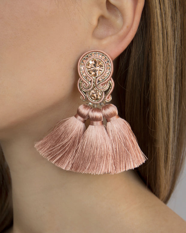 Earrings With Tassels In Black Color