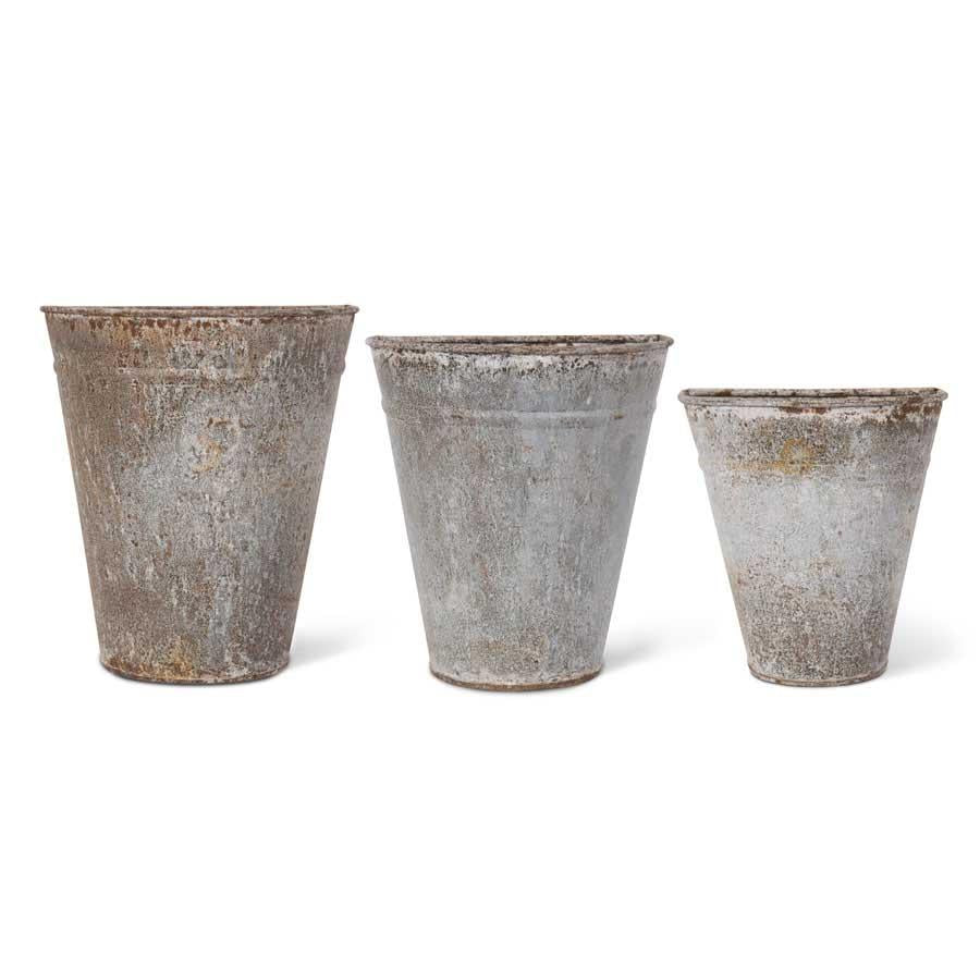 Set of 3 Rustic Tin Wall Planters (Grad Sizes)