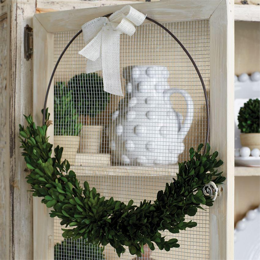 Boxwood Ring Wreath