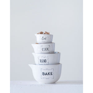 White & Black Stoneware Measuring Cups Set