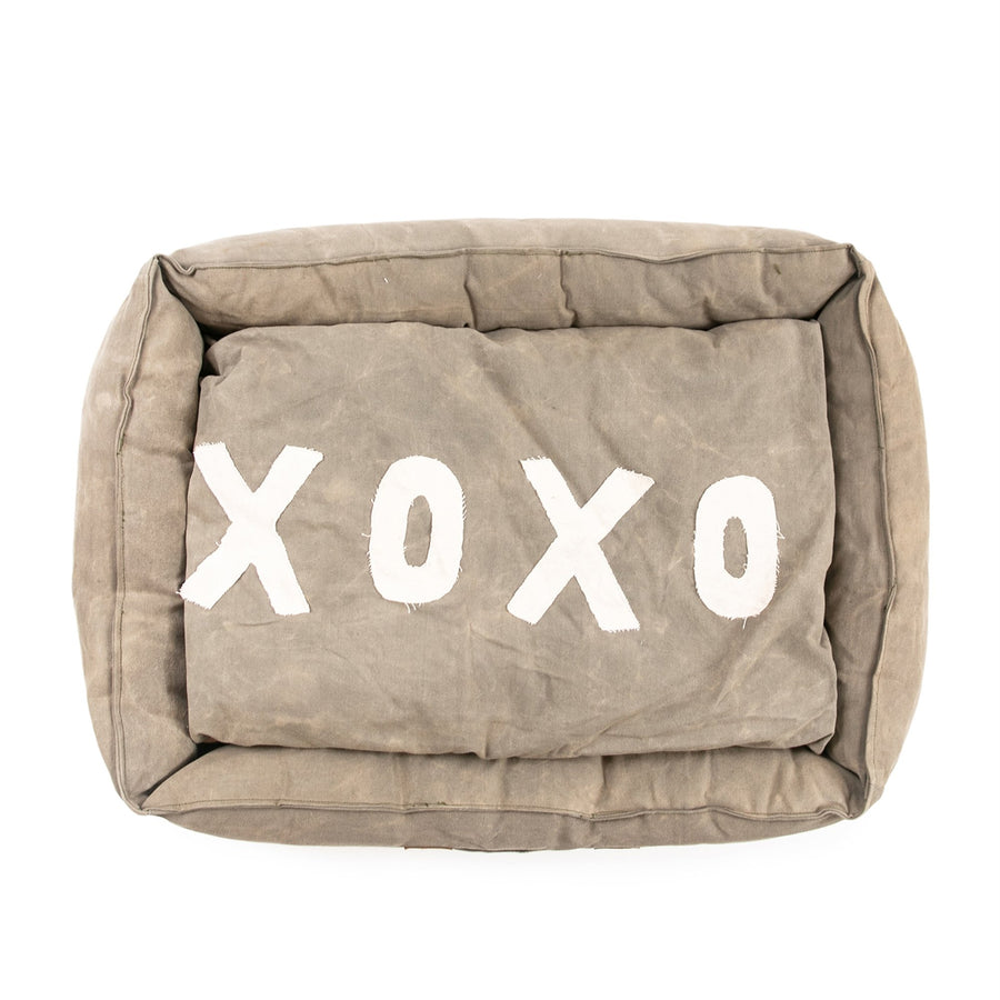 Washed Canvas Dog Bed with XOXO Pillow - Medium