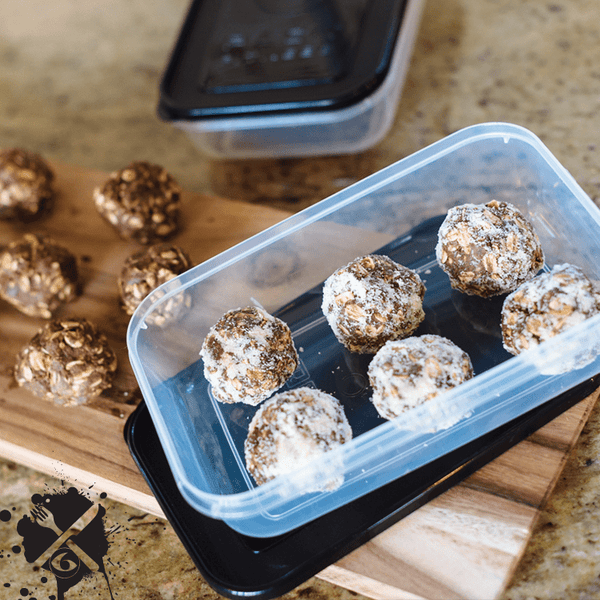 Meal Prep Sundays: Almond-Dusted Protein Balls