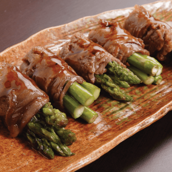 Meal Prep Sundays: Steak-Wrapped Asparagus Rolls