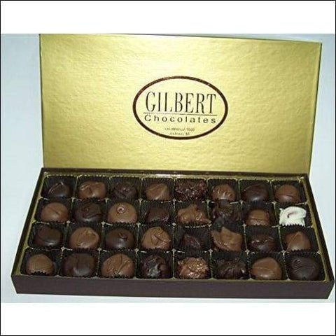 32 Count 1 Pound Deluxe Assorted Chocolate Box - roseybunch.com