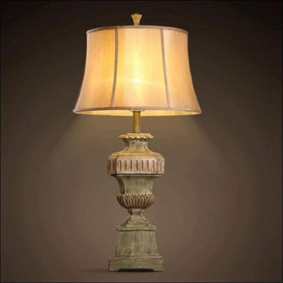 European Palace Nostalgic Table Lamp